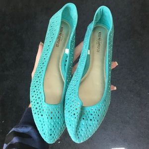 Pointed Toe Slip On Flats